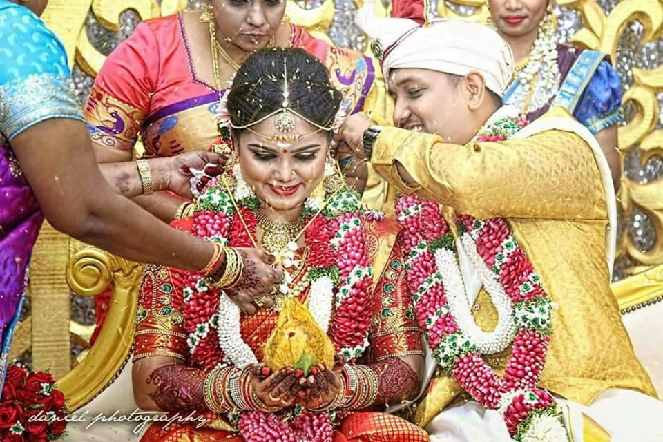 APS Wedding Garlands